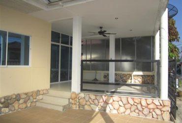 House For Sale – Bang Saray