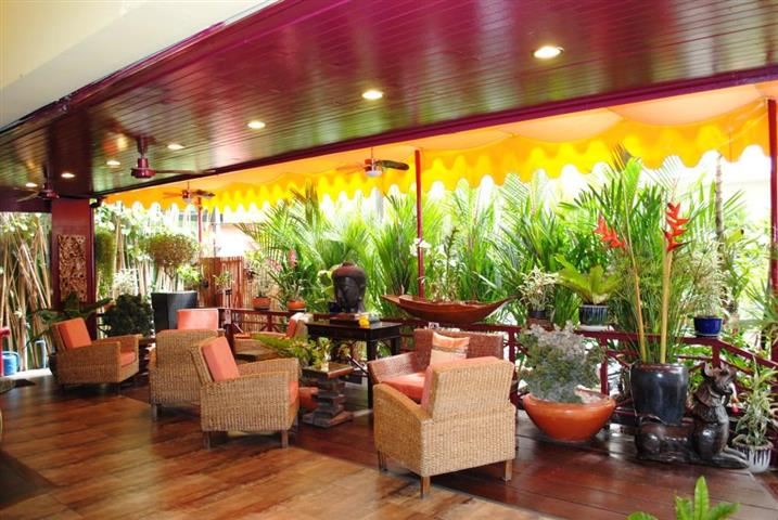 Pattaya Central 23 Room High Class Hotel Sale