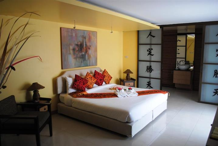 Pattaya Central 23 Room High Class Hotel For Sale