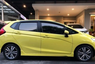 Honda Jazz 1.5 SV+ i-VTEC Hatchback 2015 Automatic For Sale