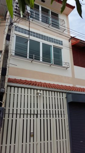 Spacious, Reduced Price Shophouse for Sale/Rent in Banchang